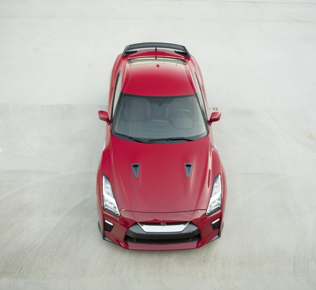 2017_Nissan_GT_R_Track_Edition_03-1024x940